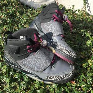 Nike air Jordan retro son of mars air max sneakers